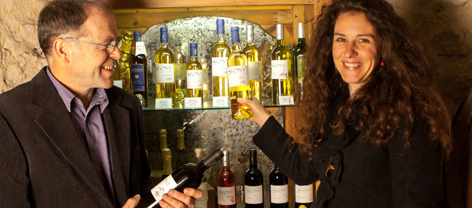 Lydie et Frédéric vous présentent leur gamme de vins bio de Frontignan en Languedoc